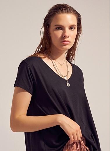 Monamoda Modal İplik Asimetrik T-Shirt Siyah